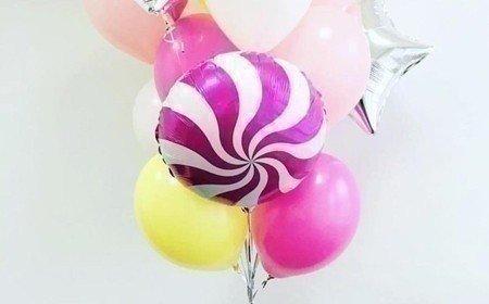букет из воздушных шариков фото