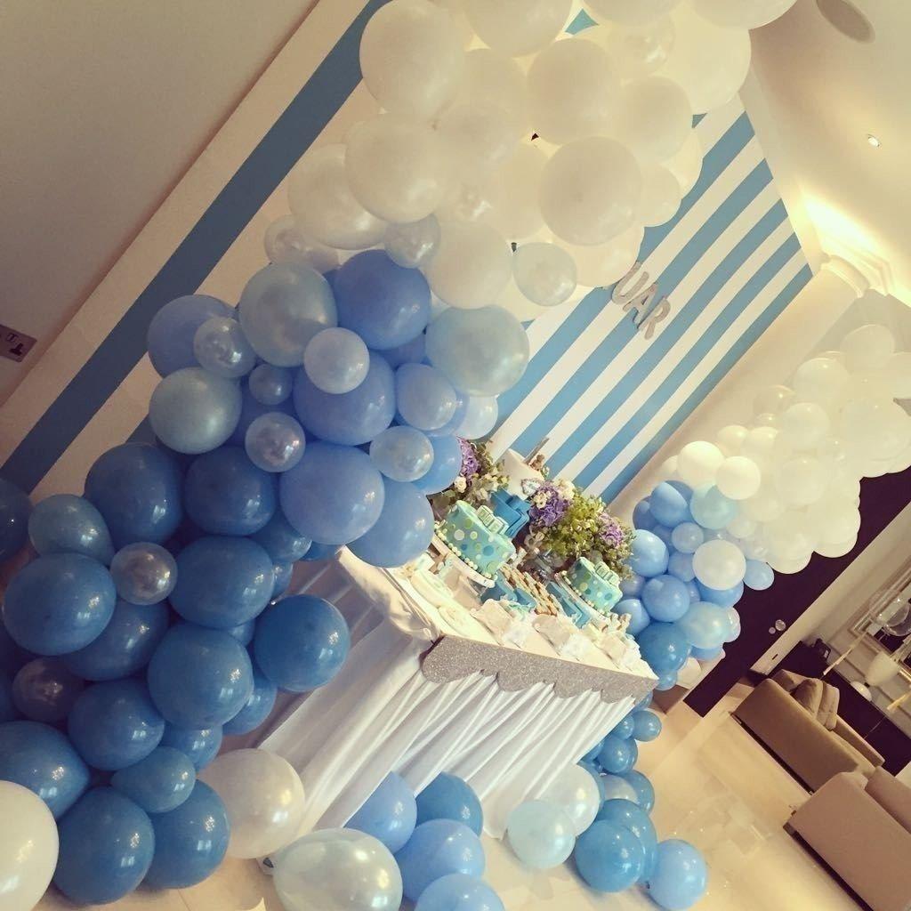Колонна из шаров «Синий и белый»