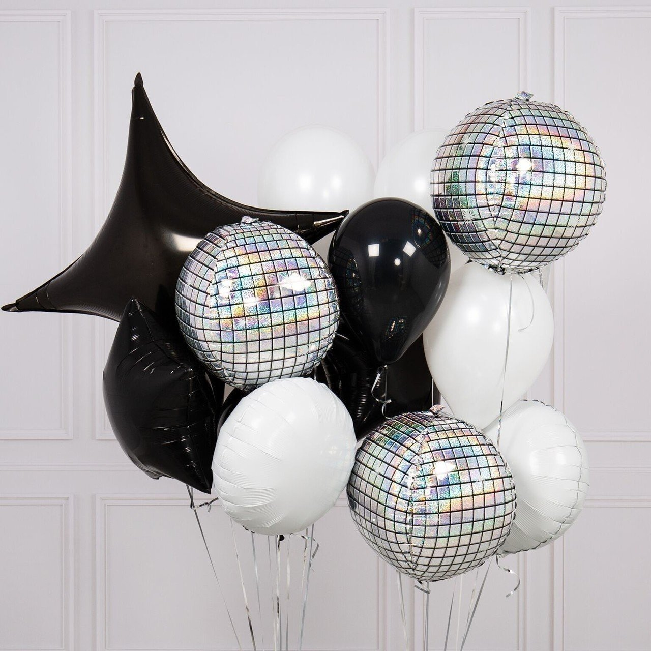 Букет из шаров «Черное и белое»