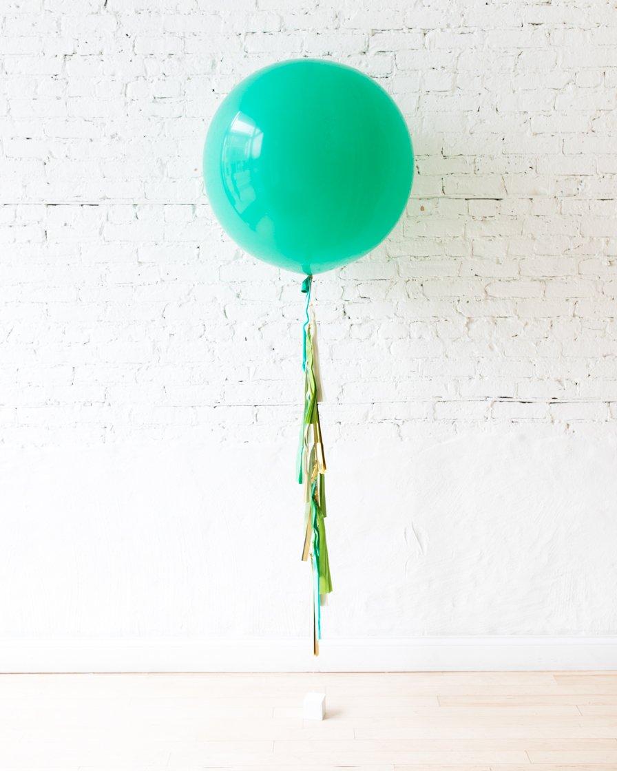 Большой шар тиффани на гирлянде