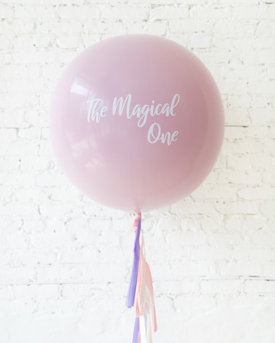 Большой шар лиловый с печатью на гирлянде