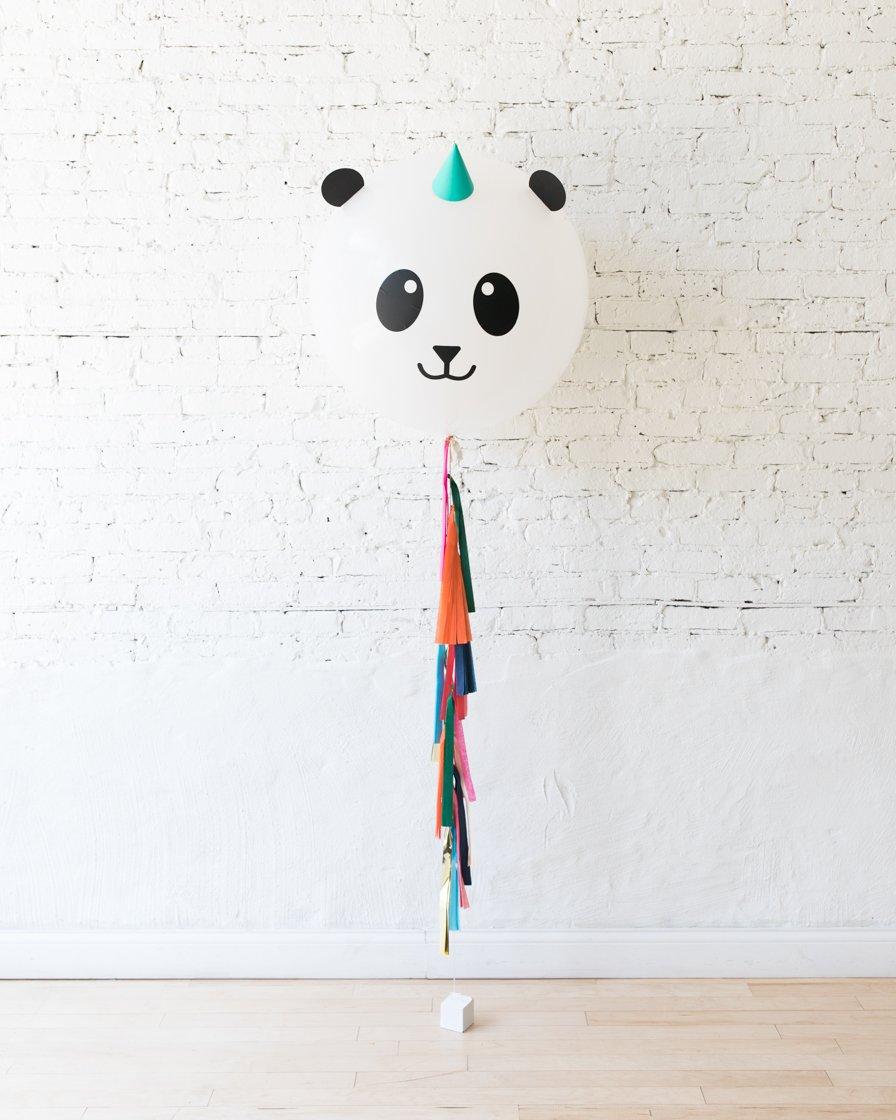 Большой шар Панда на гирлянде