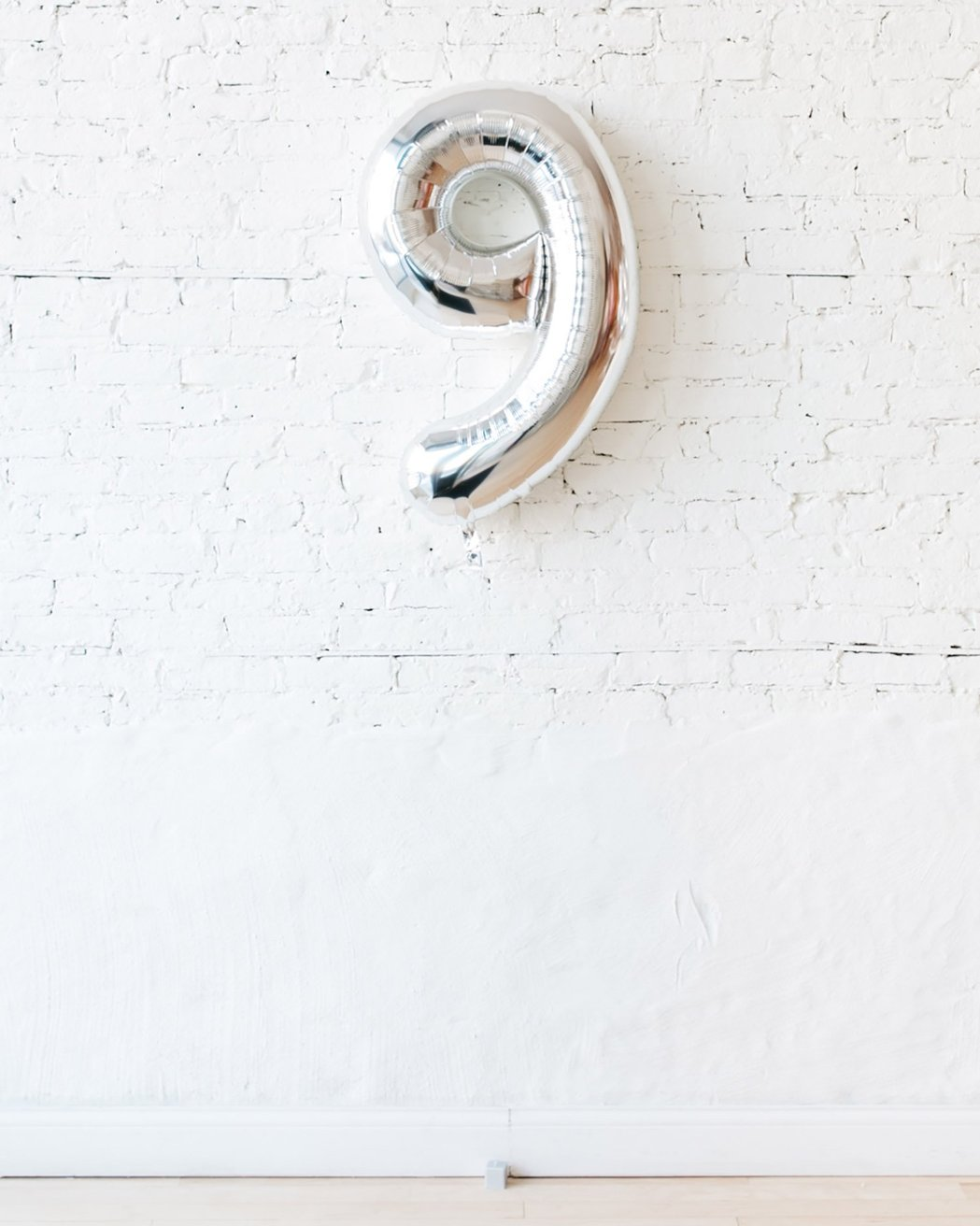 Шар фигура цифра 9 Silver